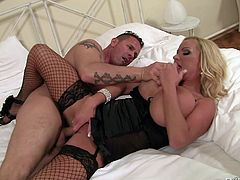 When this versed milf gets horny, there's only one remedy to help her... Watch the blonde-haired busty woman spreading legs widely for a passionate partner. The sexy lady looks very provocative wearing kinky lingerie. See her offering an inciting tit job!