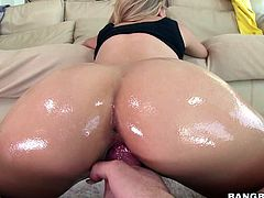 Phat ass chick Jessa Rhodes shows her pink snatch in close up and takes big cock from your POV. She sucks it and then gets her hole drilled doggy style with her big oiled up booty exposed.