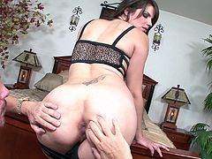 attractive milf riding dick