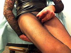 Triple cum on my black pantyhose-Tripla sborrata in collants