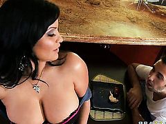 Keiran Lee cant resist delicious Sophia Lomelis acttraction and fucks her back swing like crazy after cock sucking