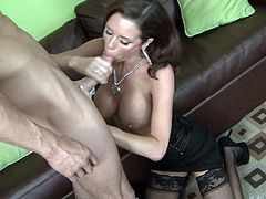 Rim job pays off when she gets frilled like never before
