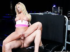 Xander Corvus shows nice sex tricks to Asian Tasha Reign with the help of his erect love stick