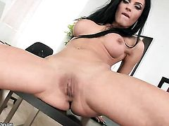Teen Honey Demon kills time rubbing her muff
