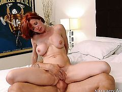 Alan Stafford gets pleasure from fucking incredibly hot Veronica Avluvs muff pie