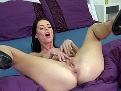 Visit official Wet And Pissy's HomepageEileen screams and undulates like a dirty bimbo while smacking her creamy vag with a thick toy, undulating and pleasing herself with extreme masturbation