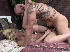 Hardcore sex with Vanessa Cage and Derrick Pierce