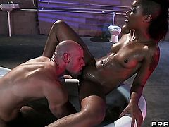Skin Diamond keeps her mouth wide open to be face fucked by Johnny Sins
