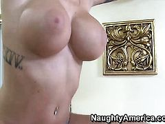 Brooke Banner fucks the cum out of Mark Wood s man meat with her muff pie