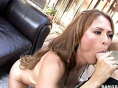 Latin Monique Fuentes with round bottom and horny bang buddy do dirty things
