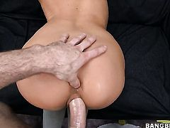 Asian Lily with big booty loves the way dude fucks her warm hands