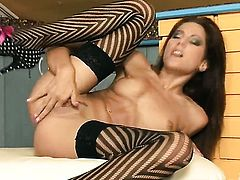 Anita Pearl with tiny tities and smooth snatch dildo fucking her wet spot