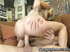 Monique Alexander warms Charles Dera up and takes his sausage