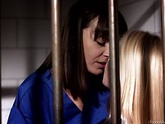 really hot sex in the slammer @ prison lesbians