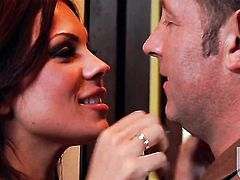 Kirsten Price gets the mouth fuck of her dreams with hot dude
