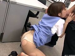 Japanese bitch in pantyhose gets fucked in the office