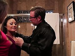 Unthinkably sexy stunner Kaylani Lei makes dudes sausage stiff and hard