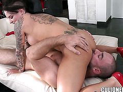 Christy Mack with juicy butt gives it to lucky guy and makes him squirt the load out