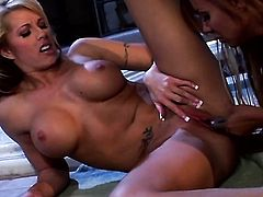 Demi Delia opens her legs to be tongue fucked by lesbian Brooke Haven