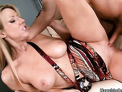Danny Wylde plays with enchanting Carolyn Reeses muff before he fills her hole with his stiff man meat