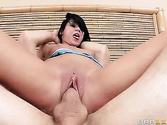 Tanner Mayes shows sex tricks to Jordan Ash with desire
