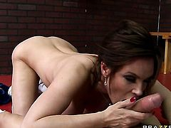 Diamond Foxxx is wet as the ocean in anal sex session with Xander Corvus