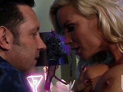 Diamond Foxxx with big boobs gets her nice face covered in love juice on camera for your viewing entertainment