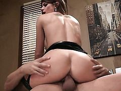 Brooklyn Chase gets covered in man semen on cam for your viewing entertainment