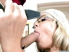 Blonde Jessica Moore with juicy bottom fucking like it aint no thing in sex action with hot bang bud