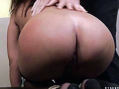 Angelica Heart with big boobs gets mouth stuffed by horny fuck buddy