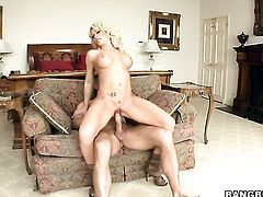 Blonde wench Brooke Haven gives giving oral pleasure to her horny fuck buddy