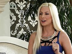 European pornstar Jessie Volt loves double penetration