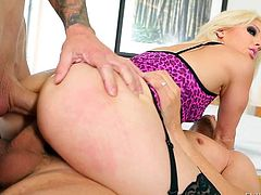 Blonde Holly Hanna in sexy pink and black lingerie loves double penetration. She gives handjobs to Mick Blue and Chris Strokes at the same time then they drill her ass and pussy.
