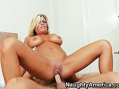 Seth Gamble touches the hottest parts of unbelievably hot Kristal Summerss body before he drills her vagina