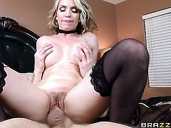 Courtney Cummz feels great with Danny Ds dick in her mouth
