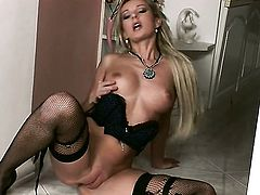 Vanessa Jordin spreads her legs to fuck herself, take toy in her dripping wet fuck hole