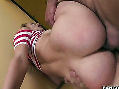 Brunette Mia Malkova is out of control with guys hard throbbing worm in her hands