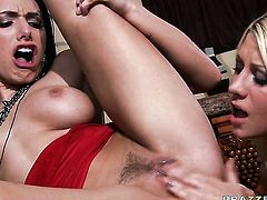 Jazy Berlin & Juelz Ventura with giant hooters gets her slit attacked by Johnny Sinss stiff meat pol