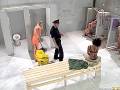 Natalia is the unfortunate newcomer to the prison, but she makes friends quite fast. She meets one of the inmates, when she gets in, but now her and several others are in the shower, when she's brought in by the guard. One chick is getting eaten, while Natalia cleans, but the action comes to her fast.