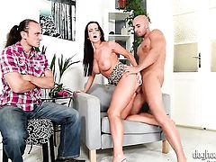 Cindy Dollar spends her sexual energy with hot dude