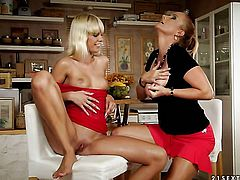 Blonde Tracy Gold with gigantic jugs and Katy Parker both have fierce appetite for lesbian sex