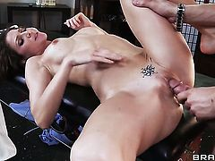 Jenni Lee loves to suck and cant say No to her hot bang buddy Xander Corvus