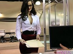 Secretary in glasses gets ass fucked by her boss in the office