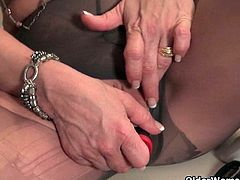 American grannies Kay and Penny masturbate in pantyhose