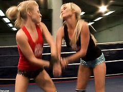 Blonde Michelle Moist and Laura Crystal have a lot of fun in this lesbian action