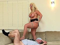 Alura Jenson is a lovely milf with a large ass and huge tits. She is placing her face on top of a guy because she wants her fat ass to be worshiped by him.