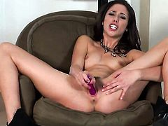 Anna Morna with tiny tits and smooth twat gives a closeup of her muff pie while masturbating