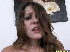 Teen Claire Heart gets throat slammed by hot bang buddy