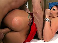 Monique Alexander is a redhead with an anal fixation. She loves it when men worship her ass with their dicks. Mr. Deen does not leave her wanting after this scene is over.