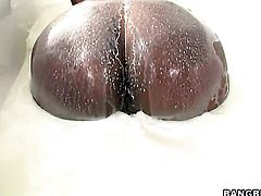 Sex starved tramp with juicy ass and shaved beaver getting skull slammed for your viewing pleasure